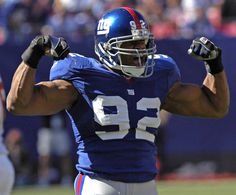 former-new-york-giants-defensive-end-michael-strahan-0cac7a13e9d35403